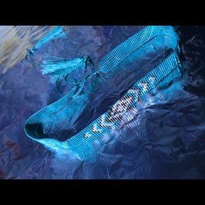 Jewelry - Blue and gold bead choker